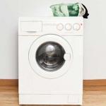 علت جمع شدن آب در ماشین لباسشویی و راه های رفع آن